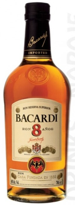 Bacardi 8 let 0,7l - stará lahev